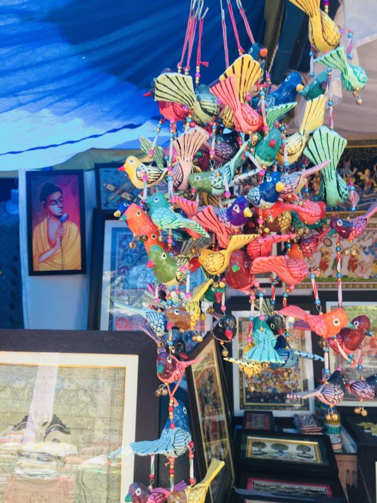 60 Minutes,105 Stalls – Bengaluru Hastakalaa Fair